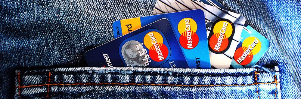 Jeans mit Kreditkarten